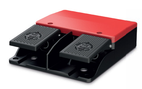 Double Uncovered Foot Switches